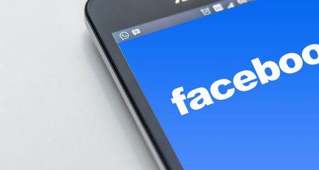 social media;